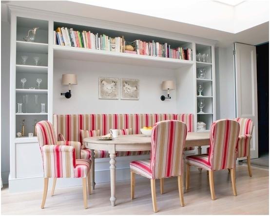 Ide Menyelaraskan Bufet di Ruang Makan