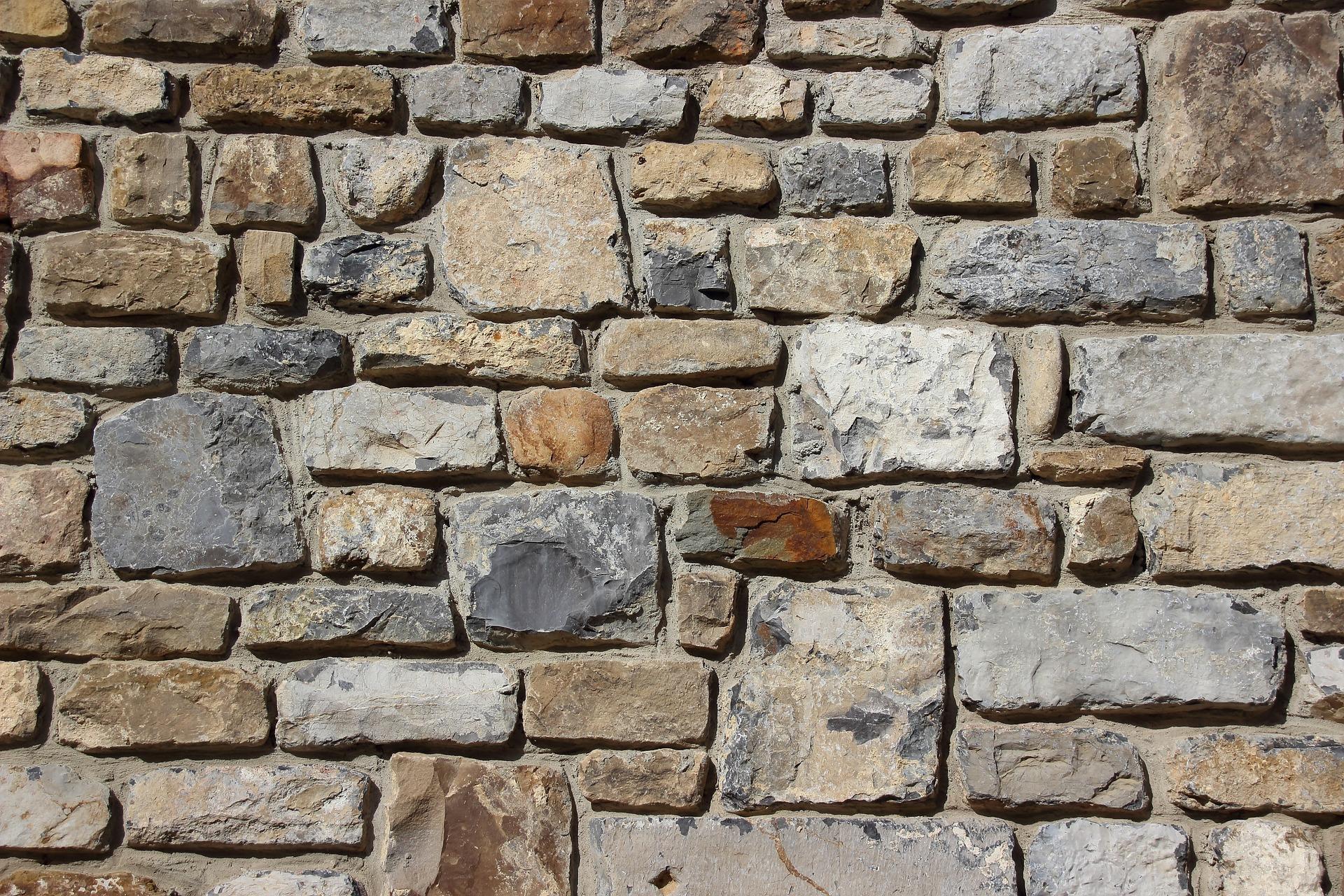 Tips Merawat Batu Alam pada Dinding dan Lantai