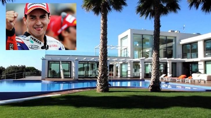 98+ Gambar Rumah Valentino Rossi HD Terbaru