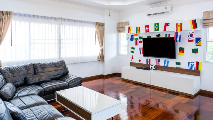Inspirasi Dekorasi di Area Sekitar TV Rumah dan Gaya Hidup