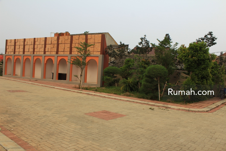Regis 8 Residence Tangerang Rumahcom