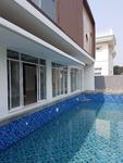 Dijual rumah baru minimalis ada kolam renang