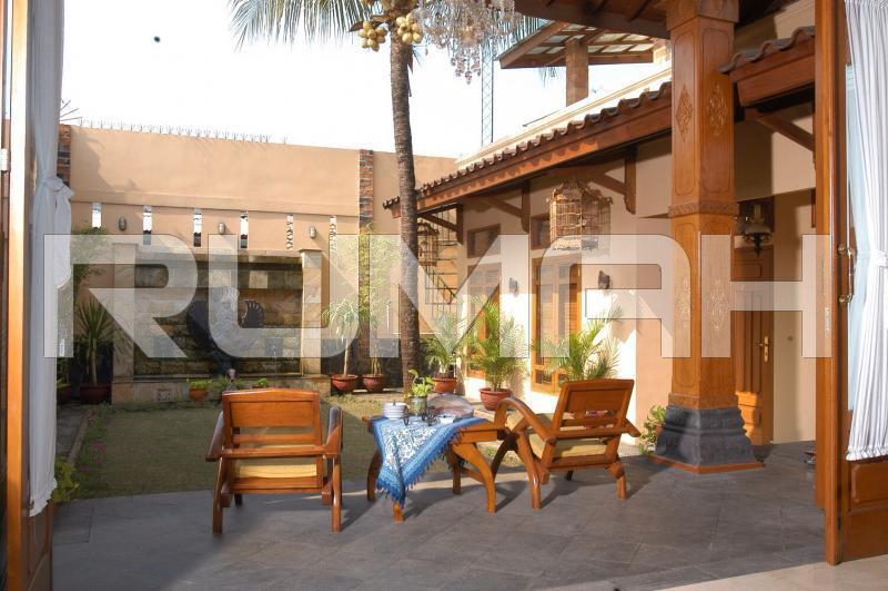 Dijual Cepat Rumah Mewah Dengan Design Interior Jawa