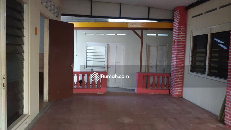 Rumah Pringgading #70405748