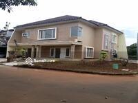 Dijual - Rumah baru di grand wisata, hook, 4 kamar, Siap Masuk