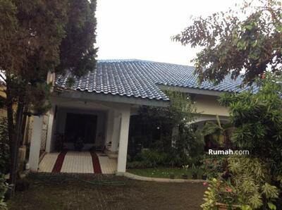 Dijual - 7 Bedrooms Rumah Petukangan, Jakarta Selatan, DKI Jakarta
