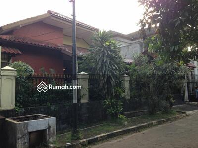 Dijual - 4 Bedrooms Rumah Cinere, Depok, Jawa Barat