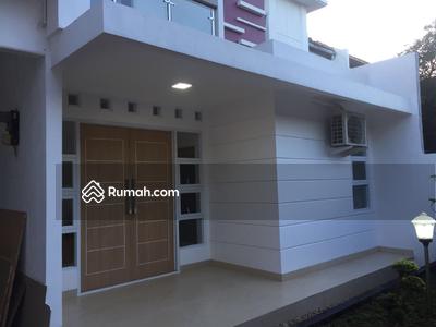 Dijual - 5 Bedrooms Rumah Klender, Jakarta Timur, DKI Jakarta