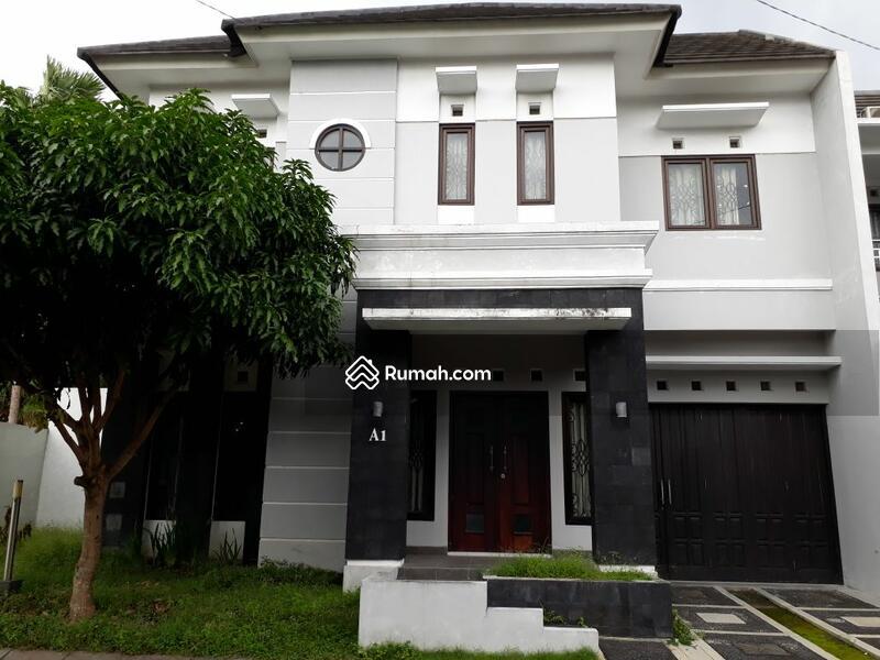 Rumah Mewah Minimalis 2 Lantai Dalam Perumahan Security 24jam
