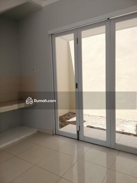 Dijual Cepat Rumah Paling Murah Lingkungan Nyaman dan Strategis Di Graha Raya #104949888