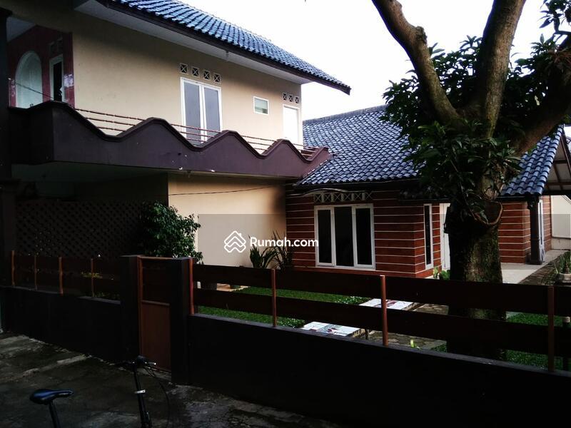 Rumah Di  Jl Soleh Iskandar #88296088