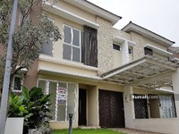 Dijual - RECOMMENDED Rumah 2lantai eksklusif 200m (10x20) Cluster Dbanyan JGC Jakarta Garden City hadap utara