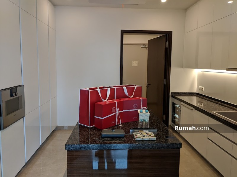 anandamaya residence jalan jend sudirman sudirman. Black Bedroom Furniture Sets. Home Design Ideas