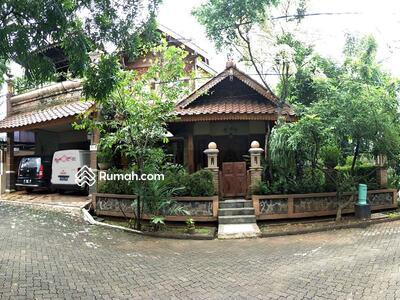 Dijual - Dijual RUMAH JOGLO MEWAH di Bekasi Artistik Kayu Jati Ukiran dg Full Furnished Perabotan Spektakuler