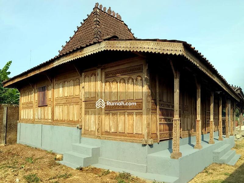 Jual Rumah Joglo Kudusan Soko 20 Gebyok Ukir 3D Tumpangsari Ukir Halus Spesial Antik Bahan Jati Kuno #91988818
