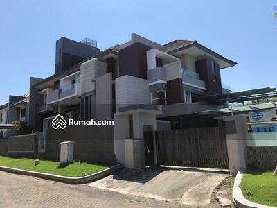 Rumah Dijual Luas Lantai Antara 500 1000 M² di Pakuwon City