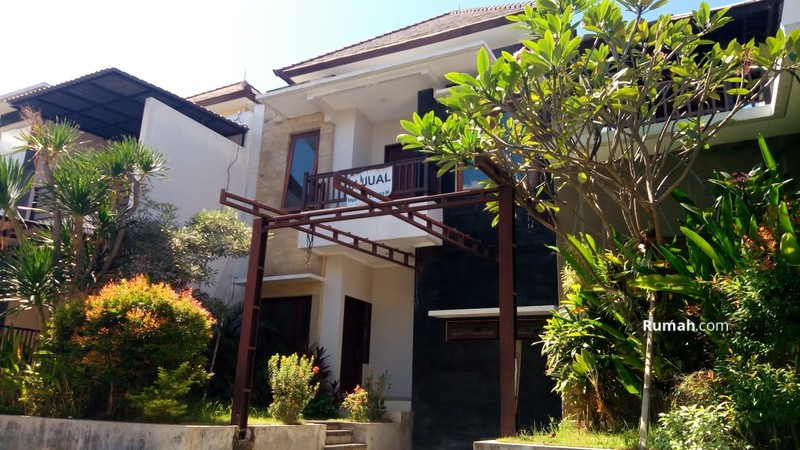 Dijual Rumah 2 Lantai Minimalis Modern Di Taman Sari Kerobokan Badung