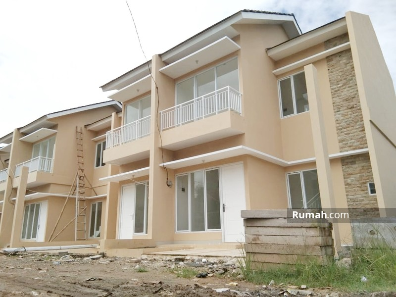 Rumah 2 lantai mewah di bsd samping krl #90511420