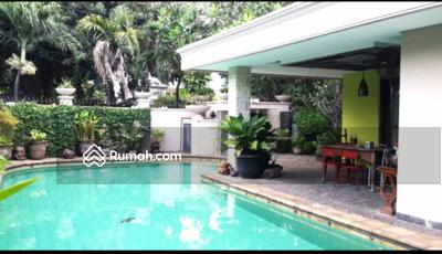 Dijual - Dijual Rumah Bagus Asri Kolamrenang Di Kayu Putih. Jakarta Timur