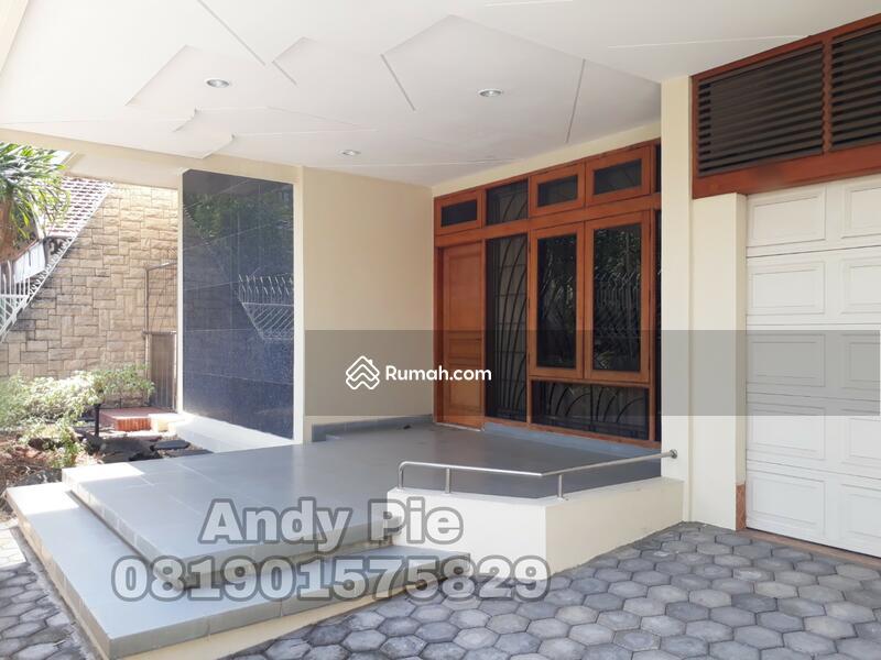Rumah Bagus Mewah tingkat 2 lantai siap pakai di Erlangga Simpang Lima, Semarang #91299710