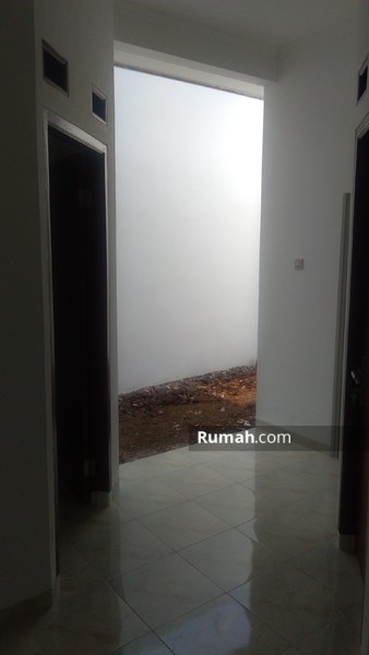 Kiana Mustika Jaya #91376094