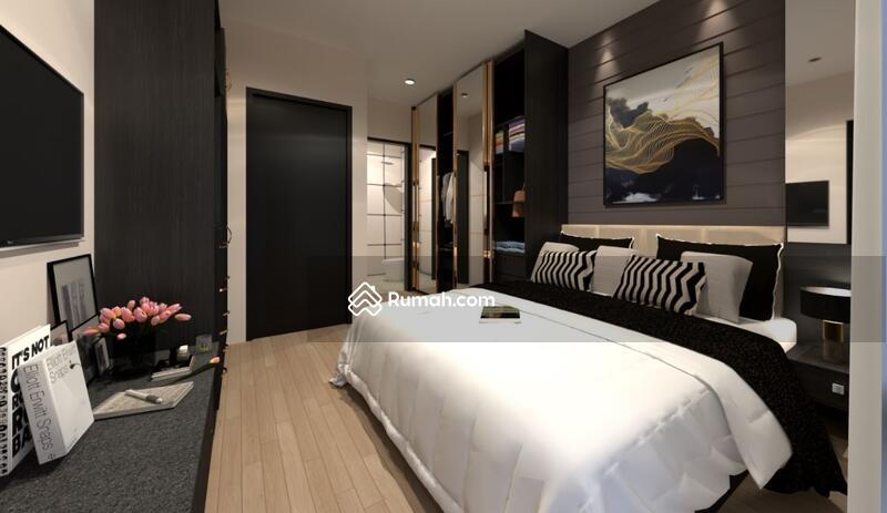 Rumah 2 Lantai 3 Kamar Tidur Free Biaya Pajak #104128604