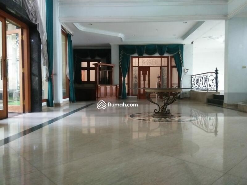 Rumah Mewah Rafles Hills Cibubur Interior Jati, Siap Masuk #95759592
