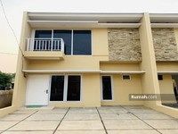 Dijual - Dipasarkan Rumah 2 Lantai Lokasi Terdepan di Stasiun Cisauk