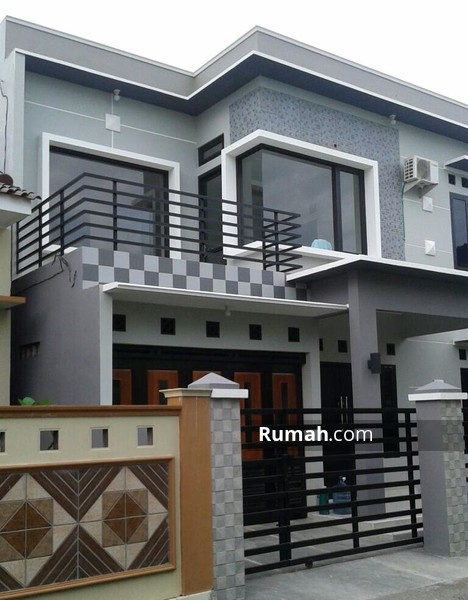 Rumah tingkat minimalis modern Cilacap #92407534