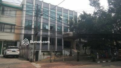 Dijual - Dijual Gedung di Area Komersil Tebet Raya