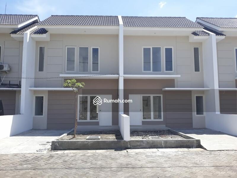 Green Mansion Lontar (Gadelsari) #102756294