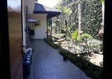 Dijual Rumah Posisi Strategis di Setra Duta Mainroad