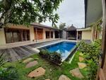 Yearly Rental Villa 3 Bedrooms at Kerobokan