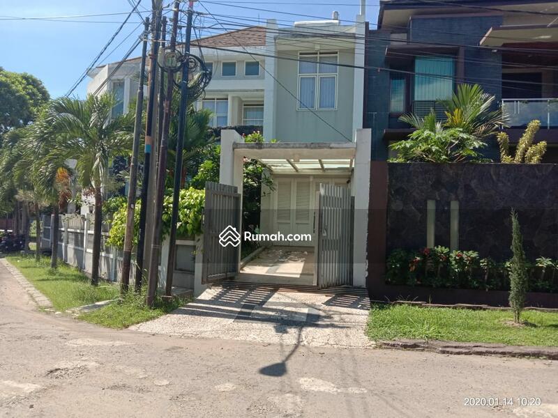 Jual Cepat Rumah posisi hook siap huni Full Funished Mekarwangi #93798570