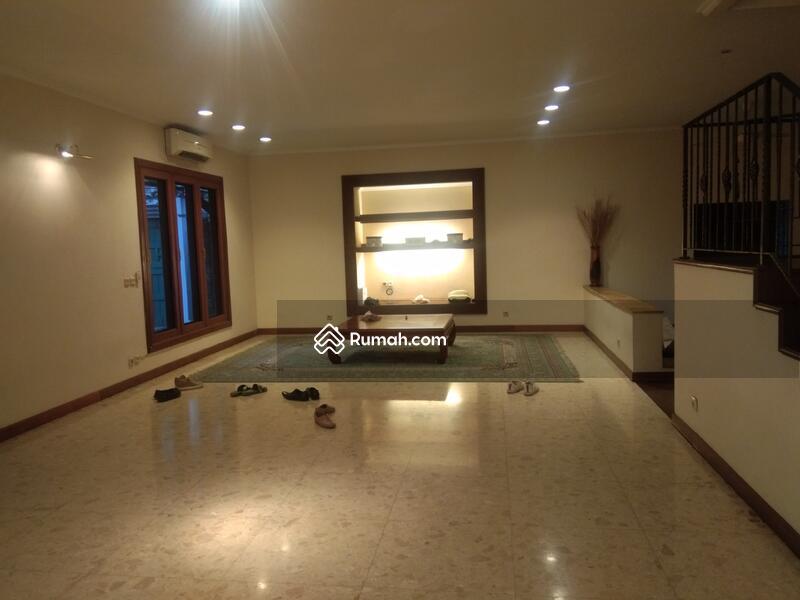 Rumah Untuk Gedung Cocok Untuk Segala Jenis Usaha Kemang Raya Jaksel #93848054
