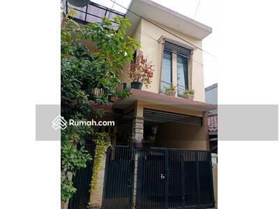 Dijual - Di jual rumah asri Villa Bintaro Indah