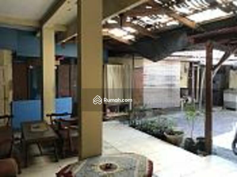 Di jual cepat murah BU rumah lama strategis di Jakarta Pusat #93983428