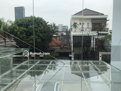 Dijual - Dijual Rumah Mewah di Pancoran, Jakarta Selatan, Letak Sangat Strategis, Bebas Banjir.