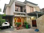 Rumah Mewah Denagan Swiming Pool Bangunan Masih Baru Di Lebak Bulus Cilandak Jakarta Selatan