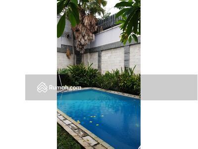 Dijual - Dijual Rumah Pondok Indah Jakarta Selatan, Rumah 2 Lantai, Kondisi Istimewa