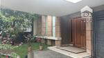 Rumah mewah Mekar Wangi semi furnished.