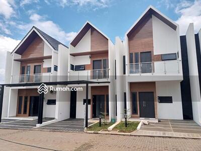 Dijual - Rumah di Jatiwaringin Cluster One Gate System