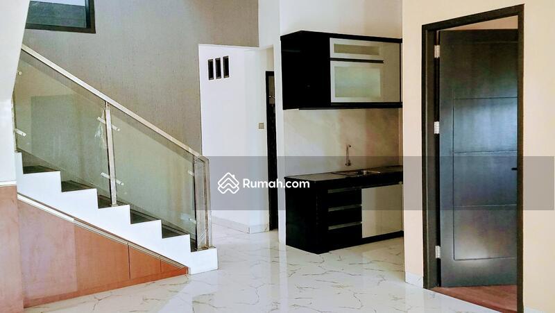 Rumah di Jatiwaringin Cluster One Gate System #94146598