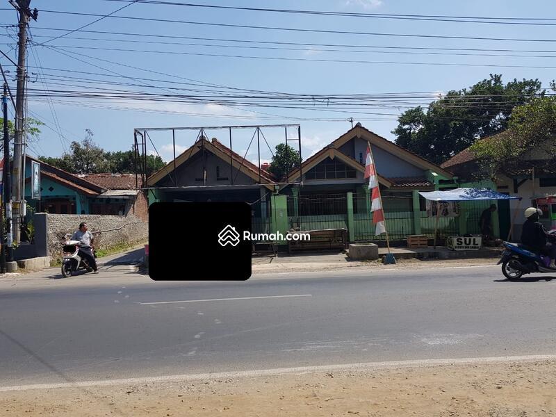 Rumah TinggalRumah Sewa di Jl.Senopati Arcawinangun #94573122