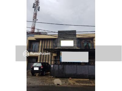 Dijual - Rumah atau Kantor Dijual Jalan Karya Utama Pos Pengumben Jakarta Barat