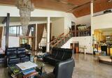Dijual Rumah Mewah di Budi Asih Bandung
