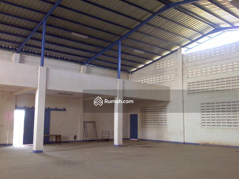 Gudang siap beroperasi dengan Luas 45x48(1700m) di Jatireja, Cikarang Timur, Bekasi #95022500
