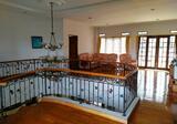 Dijual Rumah Full Furnish Di Setiabudi Regency ada Kolam Ikan