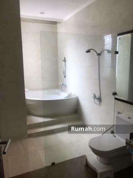 Rumah full furnished 4.3 Milyar Premiere Modernland Tangerang #95280306