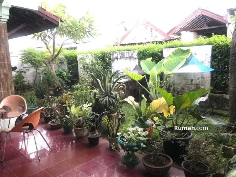 Dijual Rumah second Lokasi Strategis Di lenteng agung Jakarta Selatan #95404168